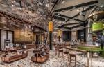 Inside Italy's firstStarbucks